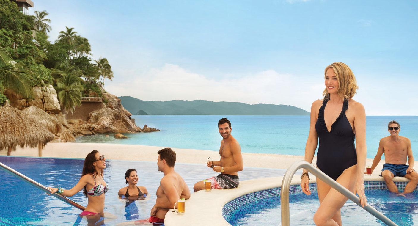 Hyatt-Ziva-Puerto-Vallarta-Adult-Pool-Group